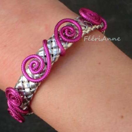 bracelet-fantaisie-femme-fil-alu-cuir